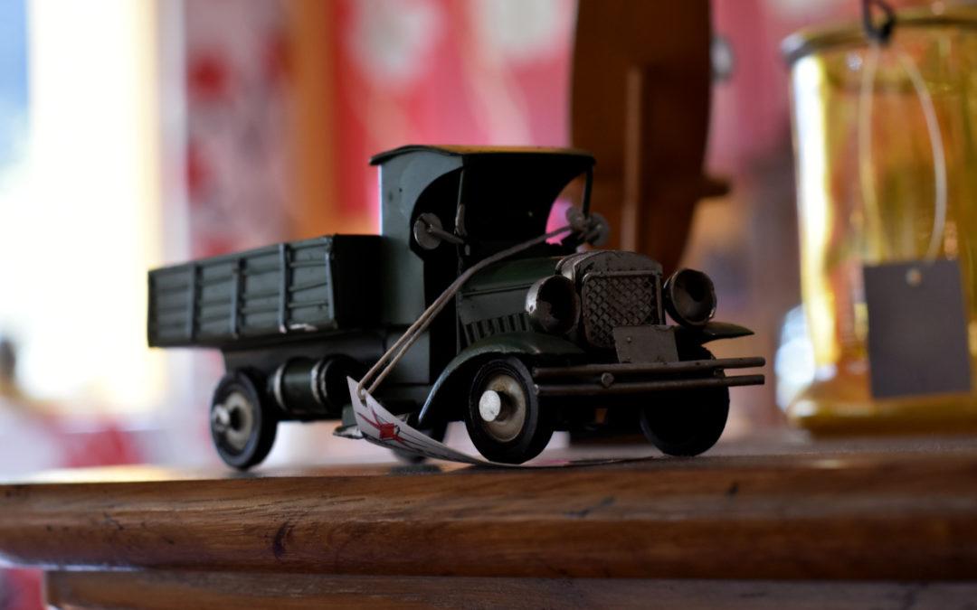 Camioneta de hoja de lata
